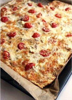 Tomaatti-tonnikalapiirakka - Ullanunelma Savory Pastry, Savoury Baking, I Love Food, Good Food, Yummy Food, Healthy Food, My Favorite Food, Favorite Recipes, Finnish Recipes