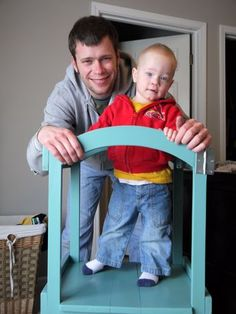 """Free plans to make wooden """"little helper tower"""" - great for the kitchen!"""