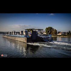 Joline #igers_germany #igersgermany #dji #djiglobal #dronestagram #dronecontent #phantom4 #ship #truck #load #river #rhein #schiff #msjoline #water #myflight #myview #litchiapp #mission #waterfront #rheinlandpfalz #rlp #freights #cargo #transport