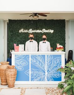 This lighthouse wedding that took place in Jupiter, Florida is a testament to the power of a unique wedding venue on the water, a navy and coral color palette and whimsical decor with pattern play to the max. Cal and Siobhan could not have created a more fun and relaxed atmosphere for their guests, and we can practically feel the salty sea air!
