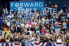 The First Lady in Chapel Hill yesterday: If you live in an early vote state, don't wait to cast a ballot. American First Ladies, 2012 Election, Presidential Inauguration, Early Voting, Chapel Hill, Great Memories, Michelle Obama, Barack Obama, Peace And Love
