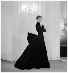 Gigi in velvet evening gown featuring a bustle in the back by Jacques Griffe - Photo by Willy Maywald, Paris, 1951