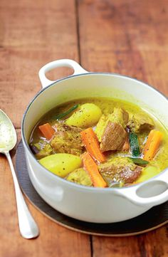 Pork Colombo with vegetables Curry, Pork Recipes, Cooking Recipes, Prep & Cook, Batch Cooking, Healthy Dinner Recipes, Love Food, Food Porn, Food And Drink