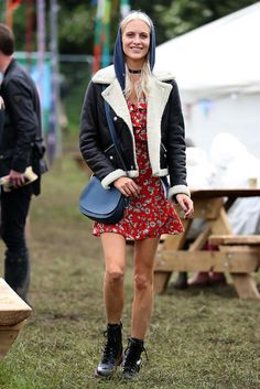 This is how to rule Glastonbury.
