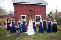 Navy long dresses and fuchsia flowers!