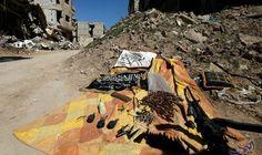 """التوصل لوثائق سرية في منزل قائد """"جيش الإسلام"""" في مدينة دوما: عُثر في منزل قائد """"جيش الإسلام"""" في مدينة دوما بالغوطة الشرقية على مجموعة من…"""