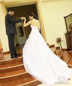 Жених и невеста в своем неповторимом образе Wedding Dresses, Fashion, Bride Dresses, Moda, Bridal Gowns, Wedding Dressses, La Mode, Weding Dresses, Fasion