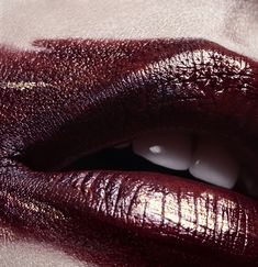 alluring lips in burgundy Burgundy Wine, Burgundy Color, Shades Of Red, Color Shades, Lilac Grey, Mac Eyeshadow, Change Is Good, Oxblood, Beauty Editorial