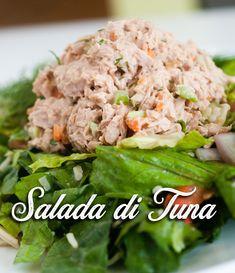 In januari doen we natuurlijk even wat rustiger aan qua eten... met deze lekkere tonijnsalade bijvoorbeeld! - Je maakt het volgens het recept op: Lunch Snacks, Lunch Recipes, Healthy Recipes, School Snacks, Different Recipes, Other Recipes, Bunless Burger, Appetizer Salads, Tomatoes