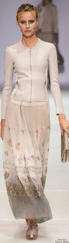 4864ff876a921 Armani 2015 Milano Fashion Week, Milan Fashion, Giorgio Armani, Spring  Summer 2015,