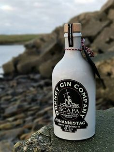 Enjoy a limited edition G&T at our unique self catering holiday / vacation cottages which were formally built to house Victorian Lighthouse keepers. Set in a stunning coastal location on the Island of Hoy which notably has the spectacular sea stack The Old Man of Hoy. Your ideal base to explore the Orkney Islands and Scottish Highlands.