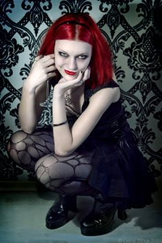 gothic pinup girl