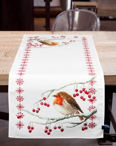 Cupcake Cross Stitch, Cross Stitch Pillow, Cross Stitch Bird, Simple Cross Stitch, Cross Stitch Animals, Cross Stitch Flowers, Cross Stitch Charts, Cross Stitching, Cross Stitch Embroidery