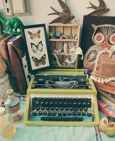 Typewriter, I need you.