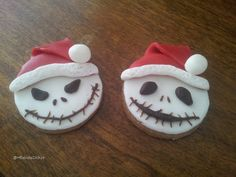 Made with the kids! Halloween cookies. So easy and yet so cute! #Fondant