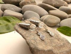 Boucles d'oreilles en perles de cristal de roche, boucles d'oreilles tubes, boucles cristal de roche, bijoux spirales et pierres naturelles : Boucles d'oreille par lapassiondisabelle