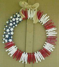 Top 25 4th of July Porch Decor Ideas Patriotic Wreath, 4th Of July Wreath, Flag Wreath, Patriotic Crafts, Patriotic Party, Door Wreath, Crafts To Make, Easy Crafts, 4th July Crafts