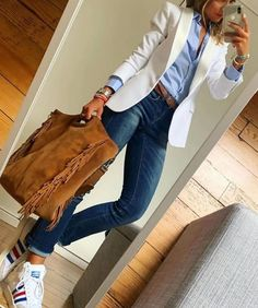 Gorgeous Women Over 40 Work Outfits Ideas With Blazer Blazer Outfits Casual, Business Casual Outfits, Mode Outfits, Fashion Outfits, Womens Fashion, Fashion Tips, Fashion Trends, Work Casual, Casual Chic