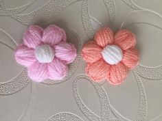 Crochet Flower Tutorial, Easy Crochet, Crochet Flowers, Crochet Designs, Crochet Projects, Crochet Necklace, Stitch, Sewing, Knitting
