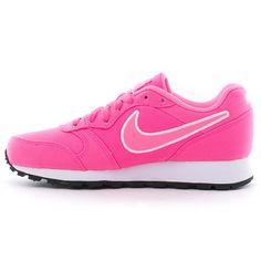 Shoes Sneakers, Fashion, Women Nike, Feminine Fashion, Happy Women, Shoe Tree, Slippers, Loafers & Slip Ons, Moda