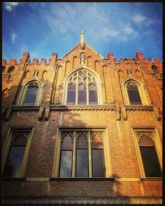 Da via Conservatorio lo scatto di Antoine Laguerre #milanodavedere Milano da Vedere