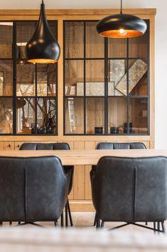 Kitchen Interior, Interior Design Living Room, Living Room Decor, Dining Room Hutch, Dining Room Design, Deco Furniture, Furniture Design, Living Styles, Cabinet Design