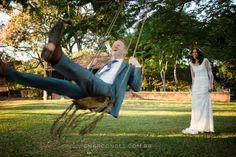 Fotografia de casamento na Fazenda Cachoeira, em Três Corações, MG. MiniWedding com decoração DIY. Renata Boaventura & Leigh Mcara. By Samuel Marcondes Fotografias.