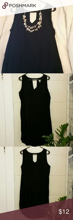 Casual Black Shift Dress, Large, back cut out V-neck black Shift Dress, hi-low, Large Old Navy Dresses High Low