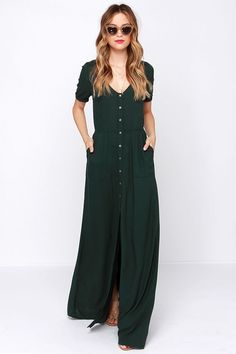 Obey Jane Street Forest Green Maxi Dress at Lulus.com. Me likes. Very casual.