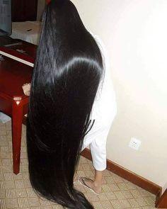aidebianyuan cut super long hair to - [LongHairCut. Long Dark Hair, Long Hair Cuts, Long Hair Styles, Thick Hair, Great Hairstyles, Trending Hairstyles, Hairstyles Haircuts, Beautiful Long Hair, Gorgeous Hair