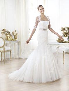 1000 images about pronovias bridal gowns on pinterest for Wedding dress shops in jacksonville fl