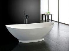 Como eine freistehende Mineralguss-Badewanne in Weiß matt oder glänzend von #Bädermax. Klassische Eleganz trifft leicht geschwungene Formen. Erleben Sie meditative Wohlfühlmomente…. http://www.baedermax.de/freistehende-badewannen/mineralguss/como-10.html