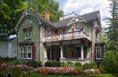 Victorian Exterior by Ridgefield Architects & Building Designers Doyle Coffin Architecture LLC