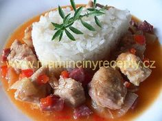 Andulčino maso na zelenině Baked Potato, Potatoes, Meat, Chicken, Baking, Ethnic Recipes, Food, Red Peppers, Potato