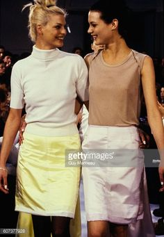 Model walking the Helmut Lang Fall 1995 RTW collection. (Photo byGuy Marineau/Condé Nast via Getty Images)Linda Evangelista;Shalom Harlow