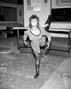 See Uhura do Ballet in Rare Behind-the-Scenes STAR TREK Photos ~ The Geek Twins