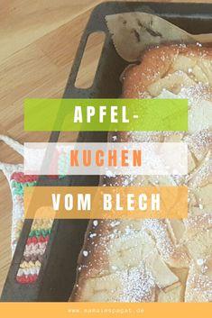 Einfacher Apfelkuchen vom Blech. Tolles Apfelkuchen-Rezept für einen schnellen Apfelkuchen direkt vom Blech. Schmeckt lecker und ist super saftig! Ein toller Apfelkuchen auf für Kinder. #apfelkuchen #vomblech #backenmitkindern #backen #backliebe #apfel #apfelrezept #kuchen #apfelkuchenrezept Snack Recipes, Snacks, Chips, Super, Food, Apple Crumble Recipe, Easy Apple Cake, Kid Cooking, Pies