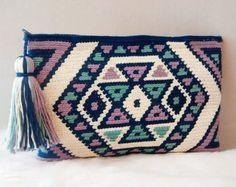 Tote bag in wayuu cotton clutch style by VientosurSantander