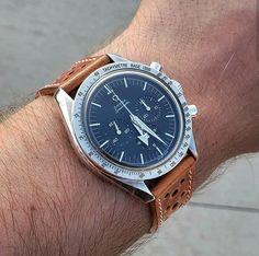 Dream Watches, Luxury Watches, Omega Speedmaster 1957, Panerai Straps, Patek Philippe, Beautiful Watches, Seiko, New Shoes, Timeless Fashion