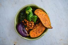 How to Make a Protein-Packed Vegan Sweet Potato, Kale, and Chickpea Bowl