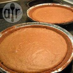 I think it's better than straight pumpkin pie, because it doesn't have a really strong pumpkin taste. Use butternut or other sweet pumpkin and make sure the pumpkin is well drained before pureeing. Pie Recipes, Gourmet Recipes, Healthy Recipes, Calabaza Recipe, Delicious Desserts, Yummy Food, Cake Factory, Baked Pumpkin, Pumpkin Cheesecake