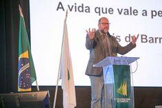 #ClovisDeBarrosFilho - Evento CNDL em 10/2015...  #OsMelhoresPalestrantes #PrismaPalestras  #Eventos  #Palestrantes