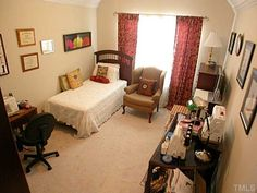 Sewing Room/guest room placement