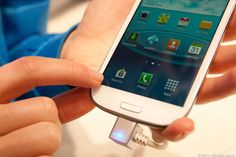 Samsung Knox gives users the power of personal and business interfaces on one phone