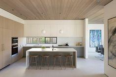 fenêtre en bandeau de cusine moderne