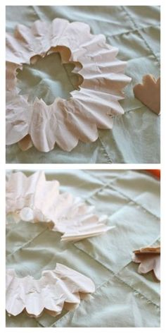 Step-by-step DIY coffee filter rose tutorial with pictures Coffee Filter Roses, Coffee Filter Crafts, Coffee Filters, Handmade Flowers, Diy Flowers, Fabric Flowers, Faux Flowers, Tissue Paper Flowers, Paper Roses