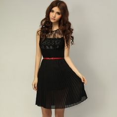 Slimming Lace Embellished Sleeveless Pleats Placed Elegant Dresses