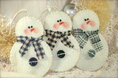 Snowman Christmas Ornaments Felt by primitiveseason on Etsy, $8.00