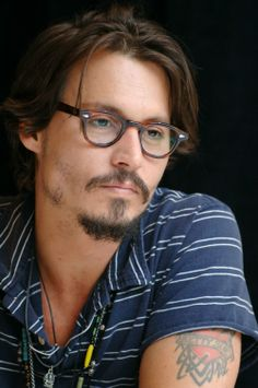 c6fab07b8e7 Love Johnny Depp! He s a beautiful man...and I m not