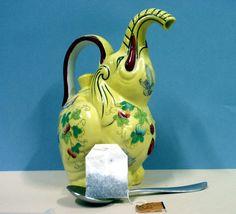 Very Unusual Elephant Tea Pot, Sunflower Yellow Tea Pot Set, Tea Sets, Teapots And Cups, Teacups, Elephant Teapot, Teapots Unique, Look At The Sky, Asian Design, Mugs